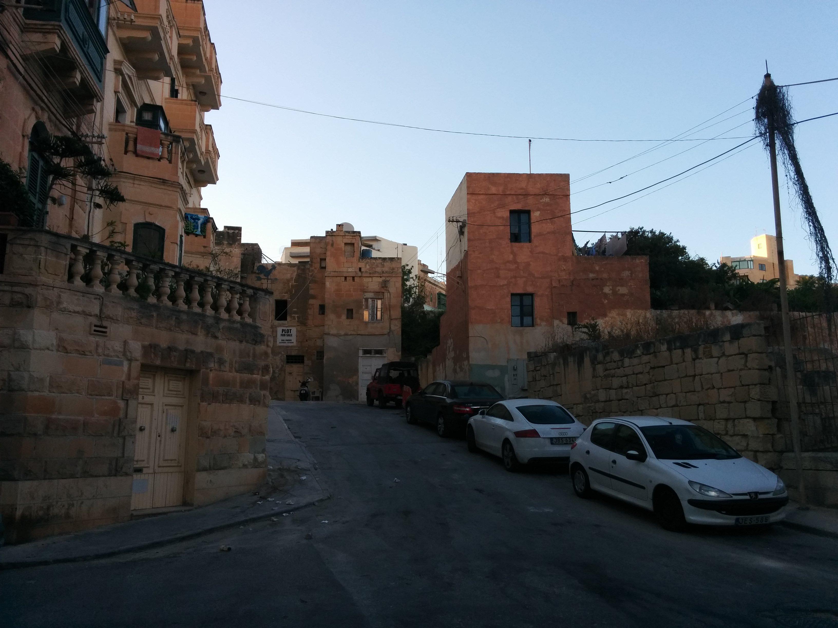 Calle típica en Malta